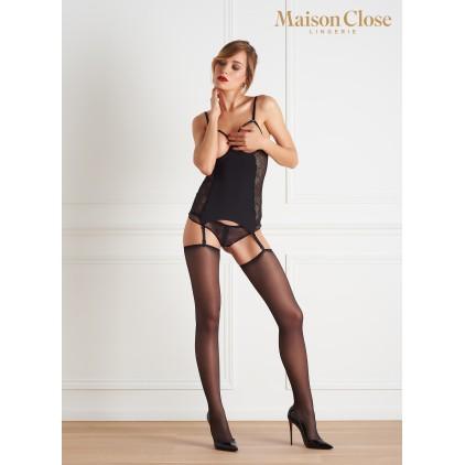 Guêpière_seins_nus_La_Directrice_Maison_Close