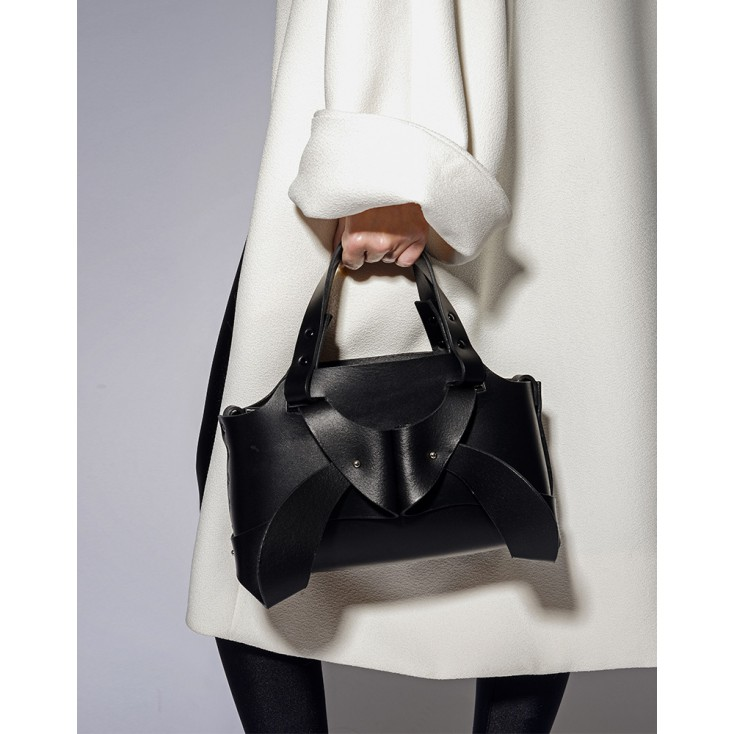 Sac_à_main_Orchid_en_cuir_noir_Elf_Zhou_London