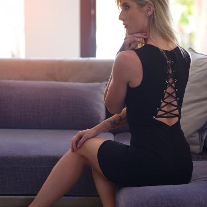 Robe_soirée_sexy_en_lycra_avec_laçage_dans_le_dos
