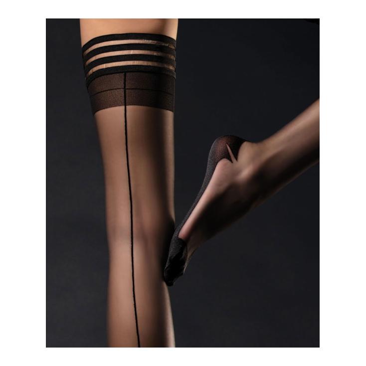Bas_autofixants_noirs_Femme_Fatale_Fiore