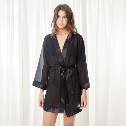 Kimono_mousseline_noir_Bluebella